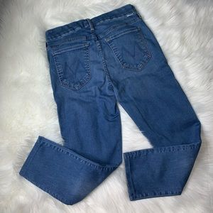 MOTHER Jeans the Looker cropped denim in Chill 28